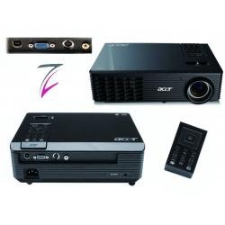 Beamer Acer X110 DLP Projektor für einfache Konferenztechnik